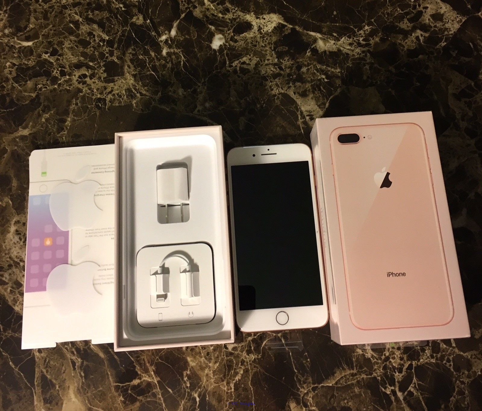 Apple iPhone 8 Plus 256GB Factory Unlocked  Calgary, Alberta, Canada Annonces Classées