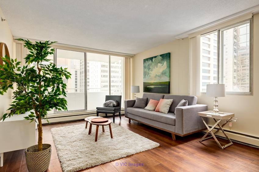 SPACIOUS 1 BEDROOM APARTMENT IN DOWNTOWN CALGARY Calgary, Alberta, Canada Annonces Classées