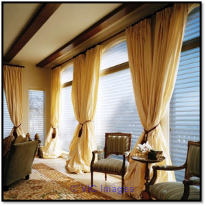 Blind Cleaning Edmonton | Vertical Blinds Edmonton- Linhs Window Fashi calgary