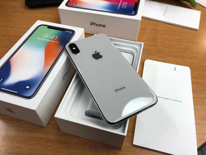 Selling Apple iPhone X/iPhone 8plus /Samsung Galaxy S9+//Play Station  calgary