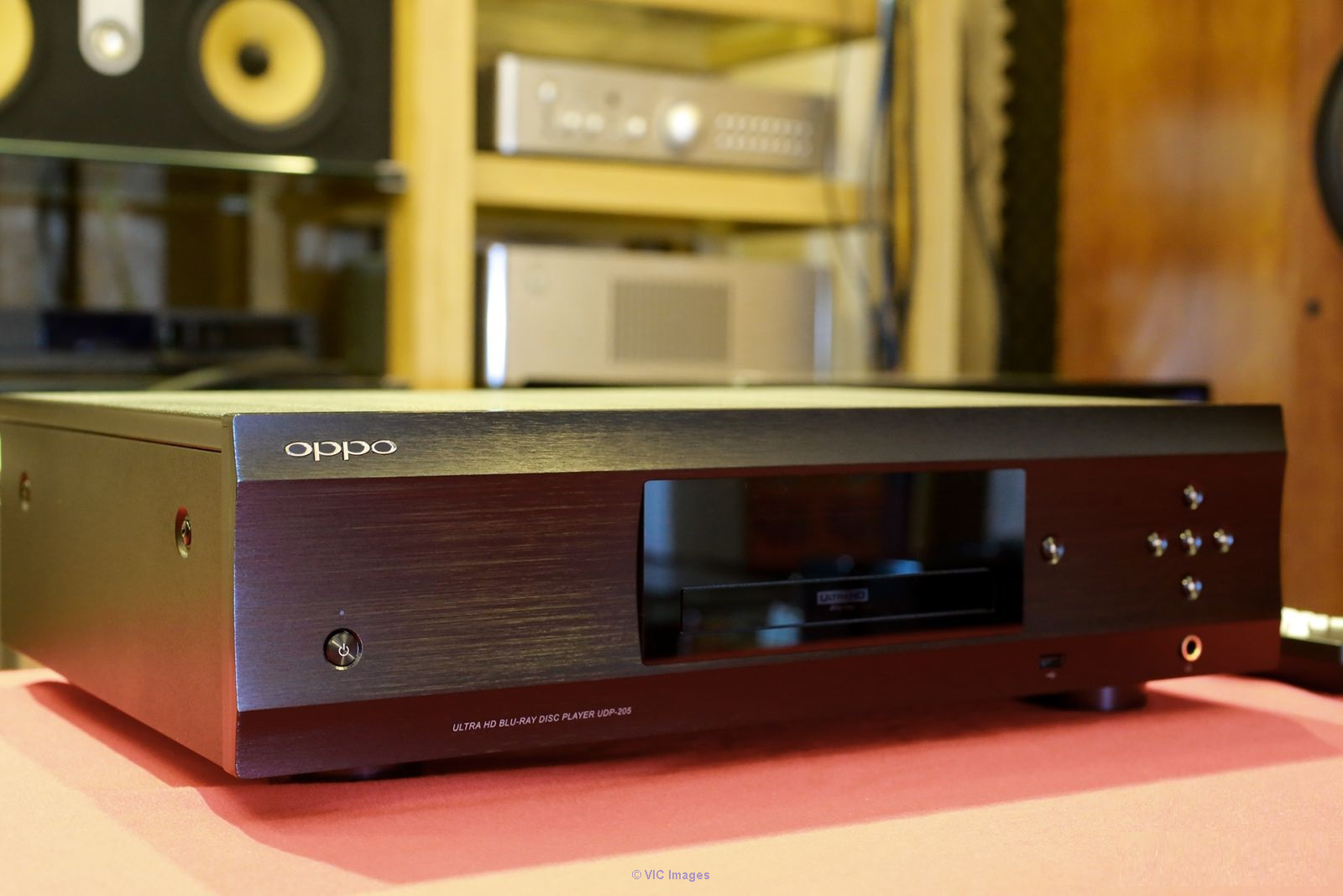 Am selling my  Used OPPO UDP-205 4k Blu-Ray player calgary