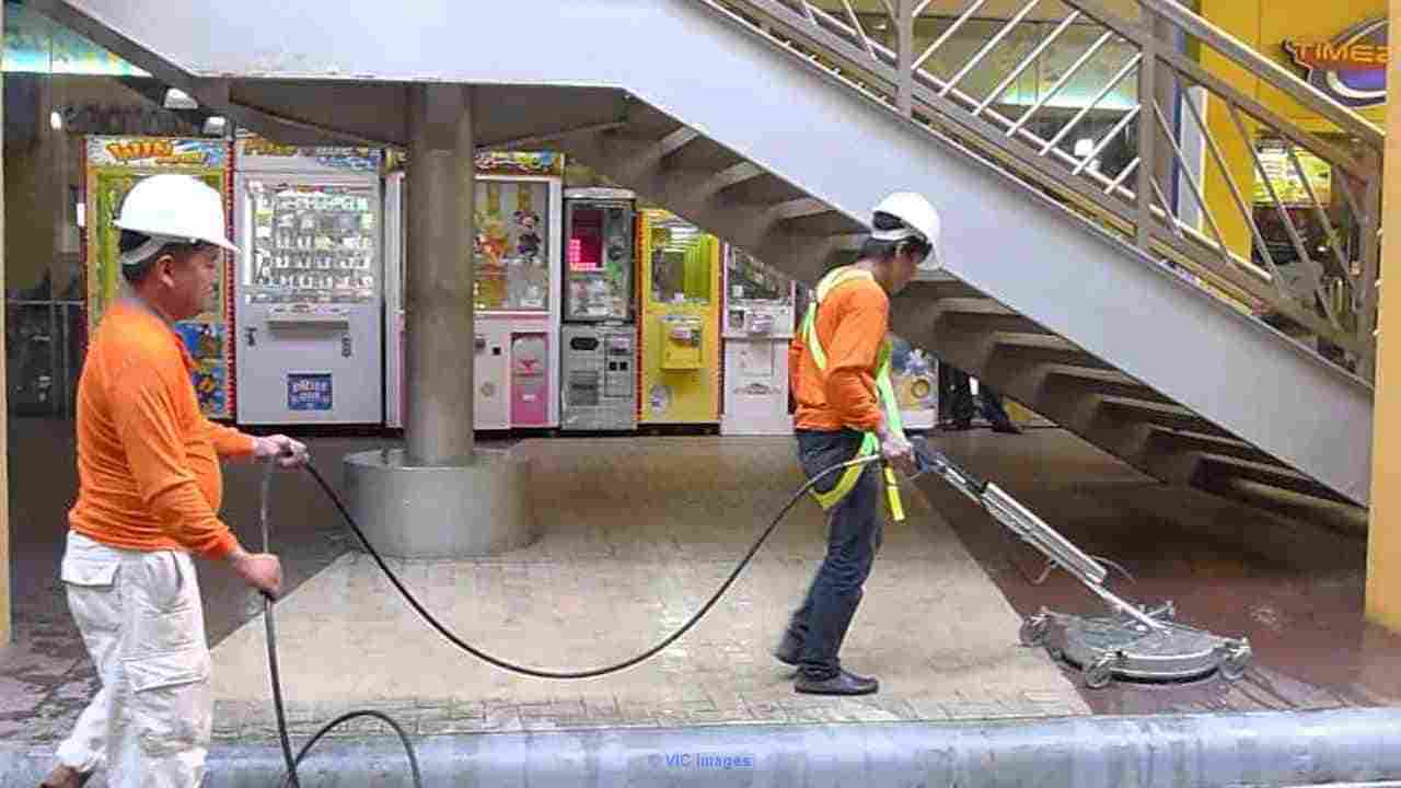 Montreal Shopping Center Cleaning Calgary, Alberta, Canada Classifieds