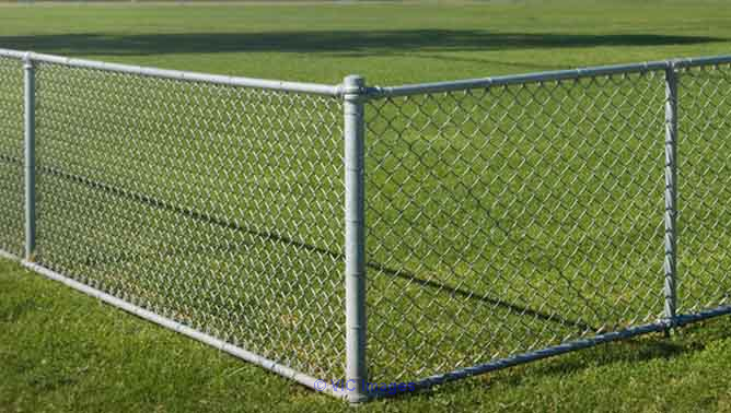 Chain Link Fencing Manufacturer/Suppliers in Delhi calgary